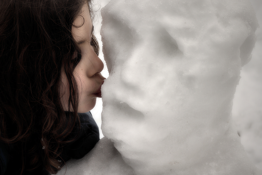 portrait of the snowman (and a surprising kiss)