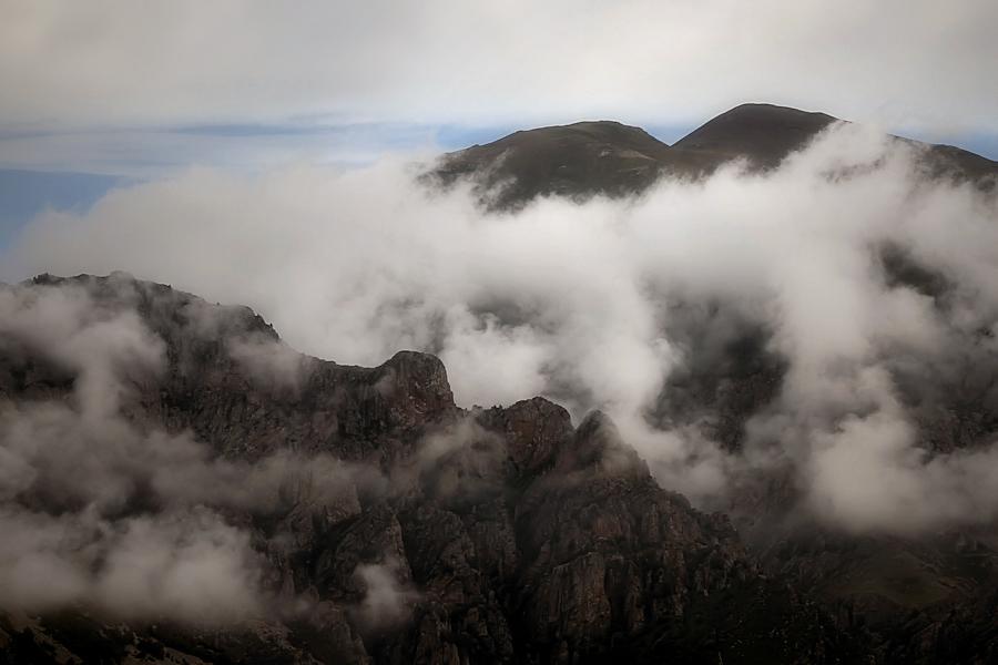 les roques que fabricaven núvols