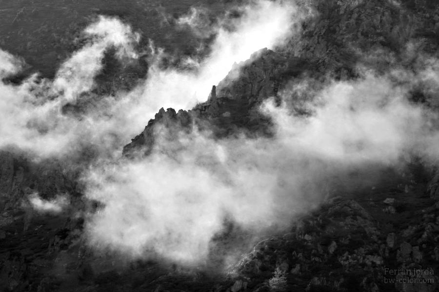 between clouds / entre els núvols