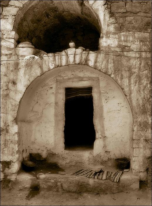 Matmata - A door in the hole