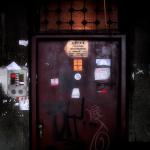 Closed doors / Portes tancades
