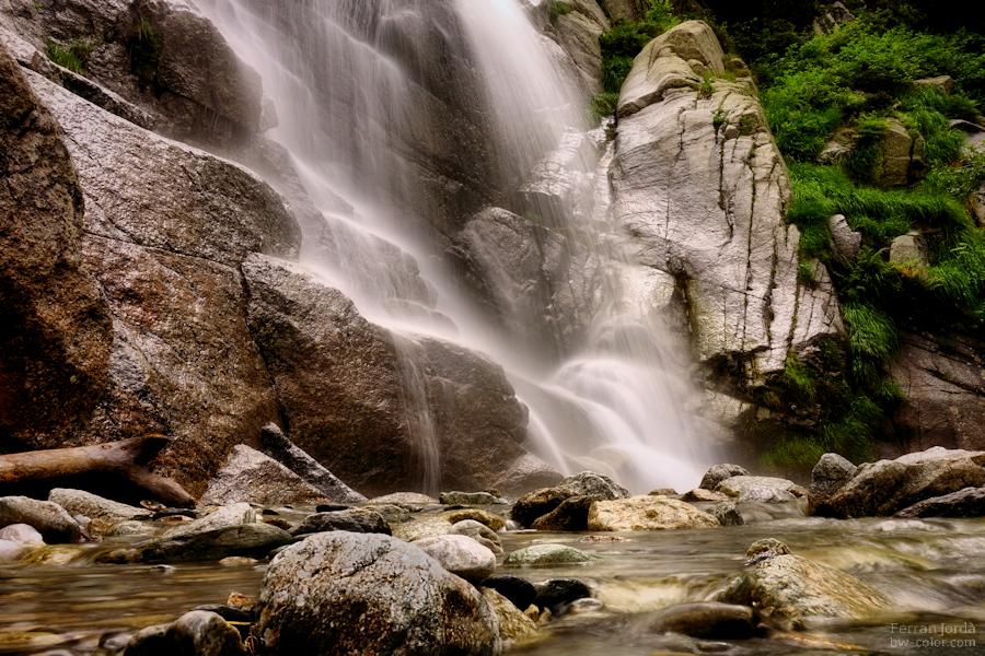 The fall of the water / La caiguda de l'aigua